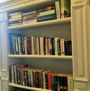 Books create a sense of home, leisure and comfort in any home